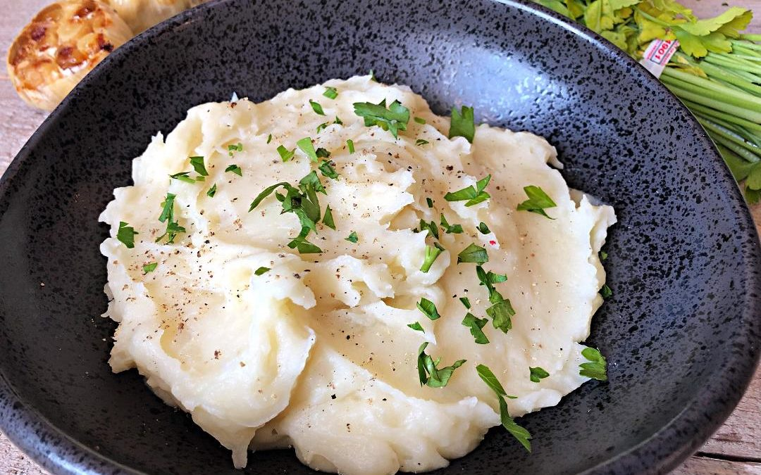 Leached Mashed Potatoes with Roasted Garlic